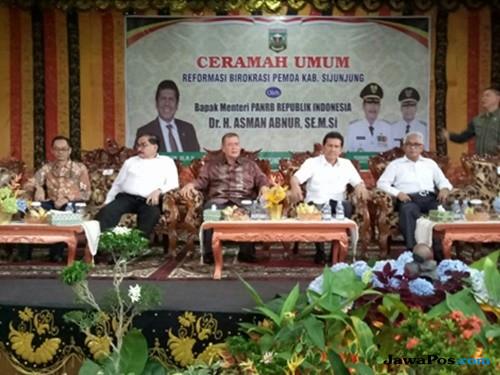 Menpan-RB Asman Abnur: Birokrasi Indonesia Sakit