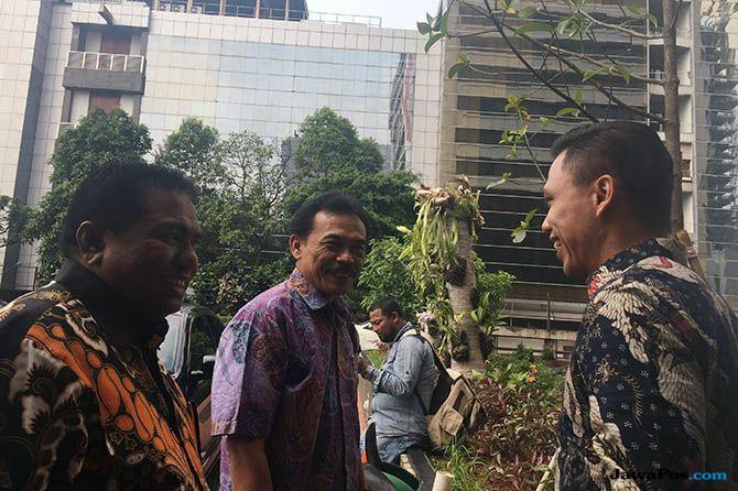 Menteri Rini Sibuk, Serikat Karyawan Garuda Batal Bertemu di Kantornya