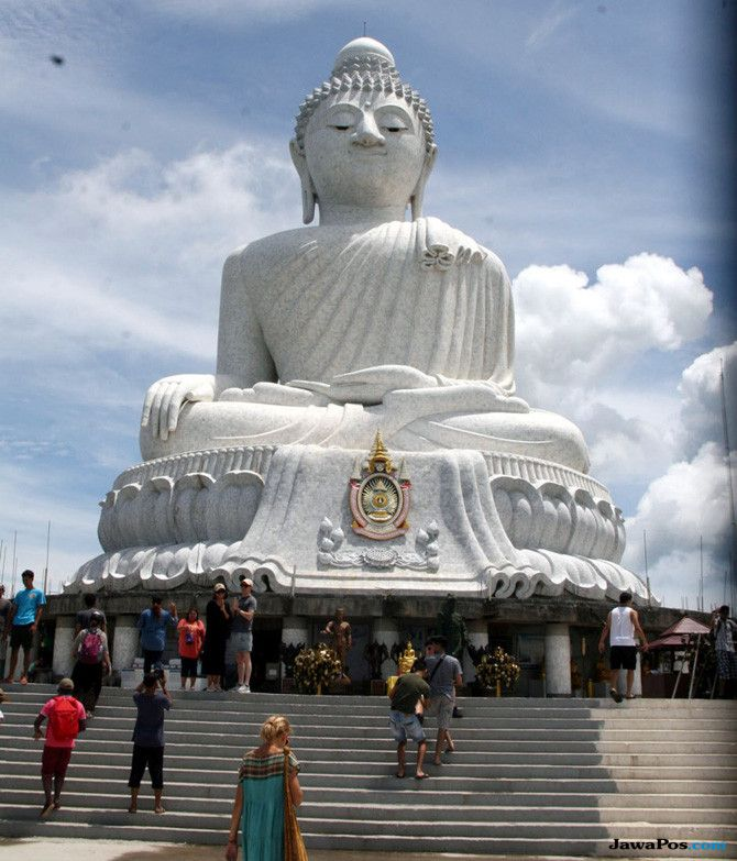 Merasakan Suasana Waisak di Thailand (1)
