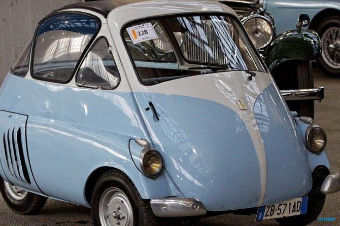 Mobil-mobil Legendaris Ini Dibangun dengan Mesin Motor