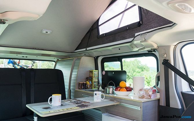 Nissan New e-NV200 dan NV399 Bikin Cara Camping Pakai Tenda Jadi Usang