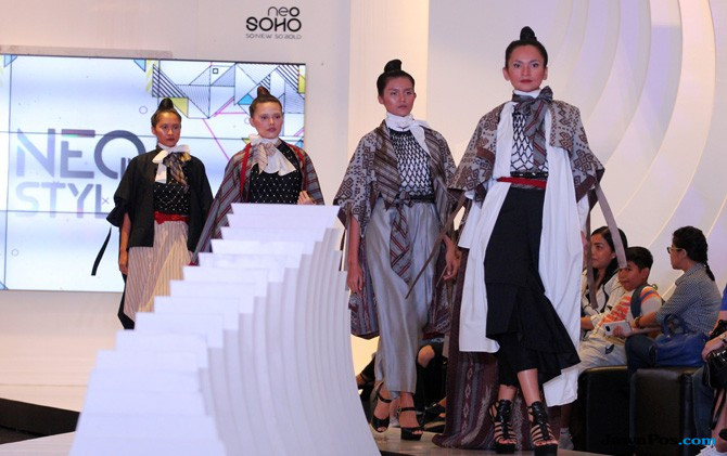 Pakaian Jenis Ready to Wear Diberi Nuansa Nusantara, Ini Hasilnya