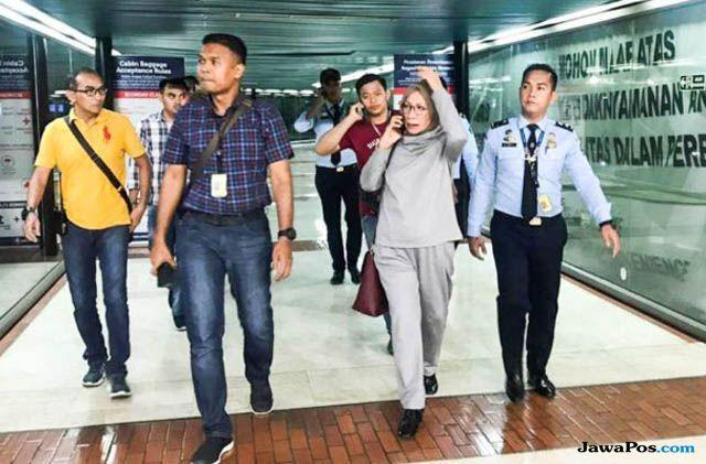 Dukungan Buat Rio Dewanto dan Atiqah Hasiholan dari Musisi