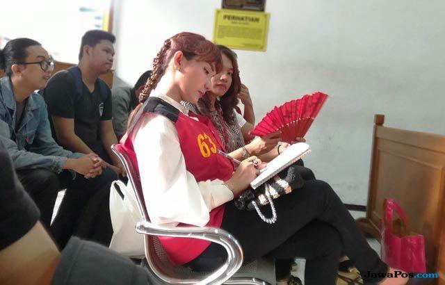 Perdana Datang ke Sidang, Ibu Roro Fitria Batal Bersaksi
