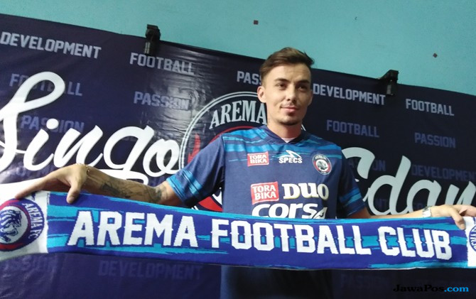 GRESS : Pemain baru Arema asal Brasil Rodrigo Ost Dos Santos resmi bergabung di Arema FC, terhitung sejak Rabu (13/12).