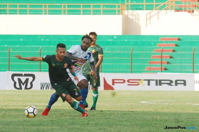 PS Tira, PSIS Semarang, Liga 1 2018, Bruno Silva