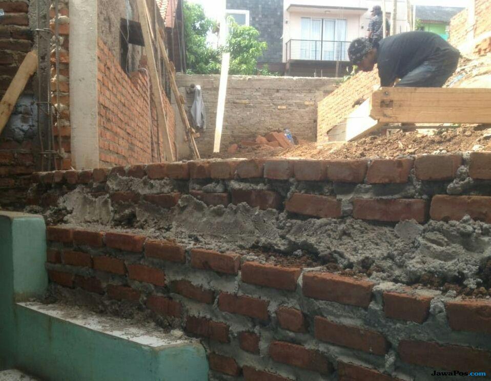 Rumah Warga Bandung Terblokade Tetangganya, Begini Penyebabnya