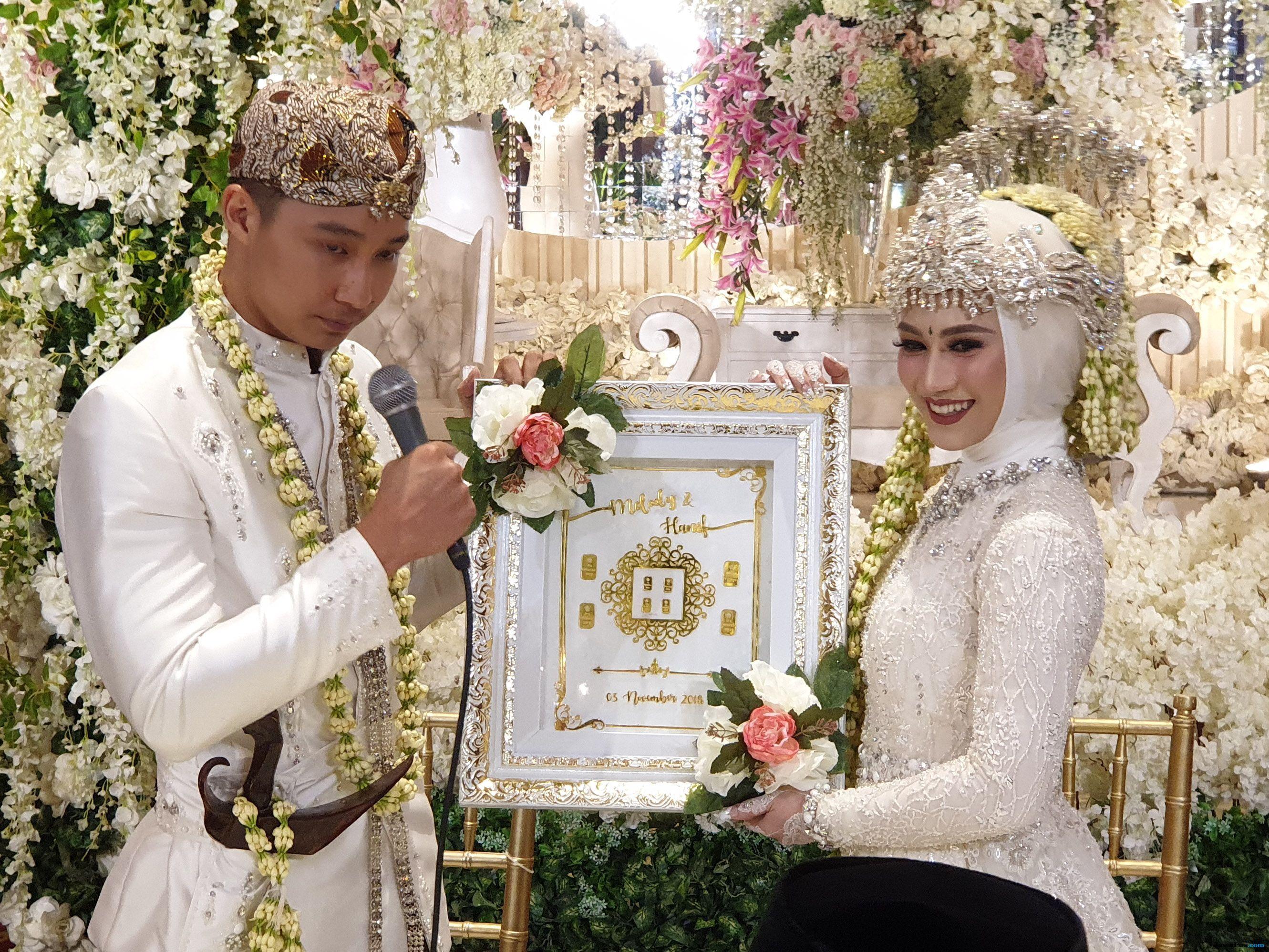 Sah! Hanif Resmi Menjadi Suami GM JKT48 Melody Nurramdhani Laksani