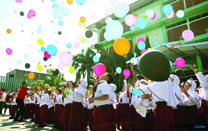 Semangat dan Penuh Kegembiraan Sambut Tahun Ajaran Anyar