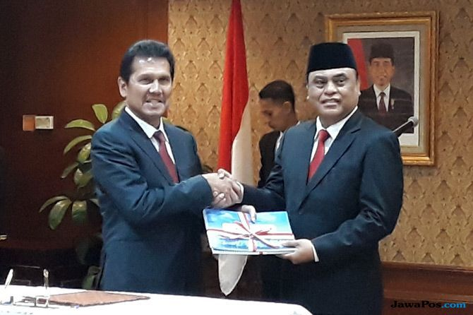 Sertijab Menteri PANRB, Syafruddin: Pak Asman Jangan Jauh-jauh