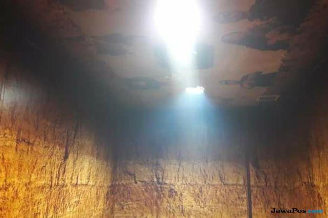 Smoking Room Kuburan Dicat Ulang, Alasannya Biar Enggak Horor