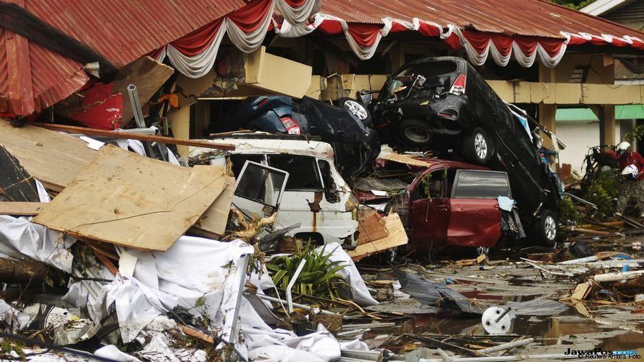 gempa, tsunami, sulteng, gempa sulteng, gempa sulawesi tengah, terpal,