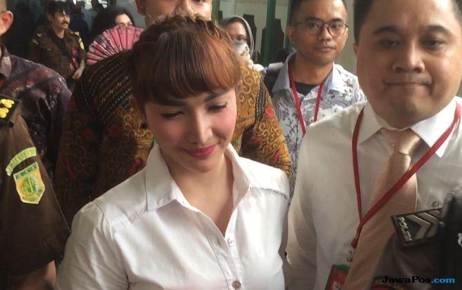 Ibunda Roro Fitria Ditolak Bersaksi, Begini Alasan Majelis Hakim