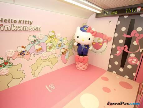 Wah, Kereta Cepat Hello Kitty Siap Meluncur di Jepang