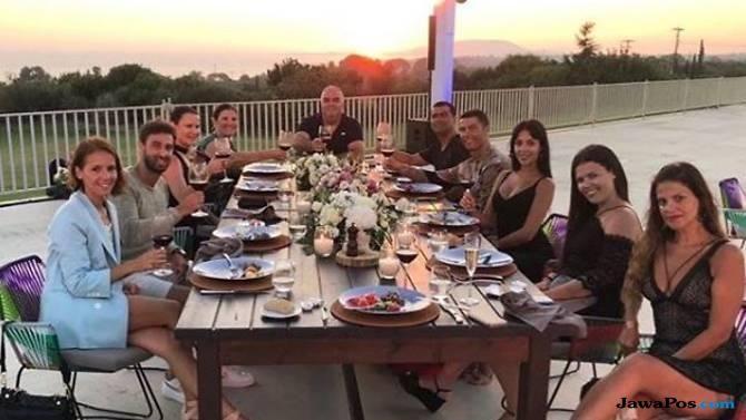 Wow, Cristiano Ronaldo Tinggalkan Tip Rp 333,5 Juta di Hotel di Yunani