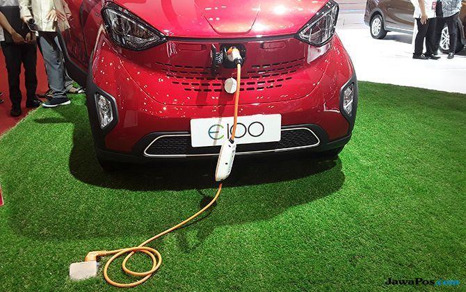 Wuling E100: Mobil Listrik Mungil, Siap Mengaspal Di Tanah Air