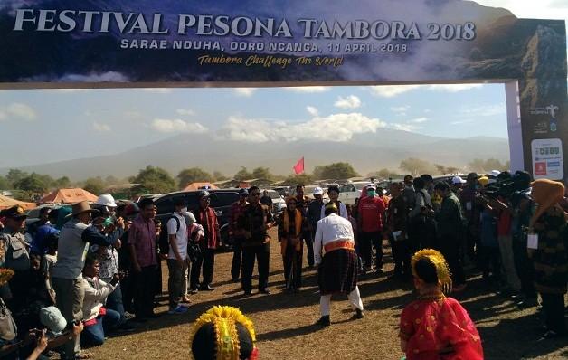 festival tambora, daya tarik wisata, ramai dikunjungi
