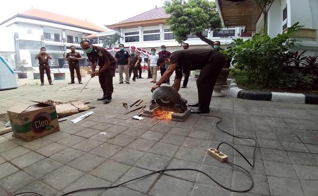 pemusnahan BB, Kejari Denpasar, Kejati Bali, BB Sabhu, Ponsel Bermerek,