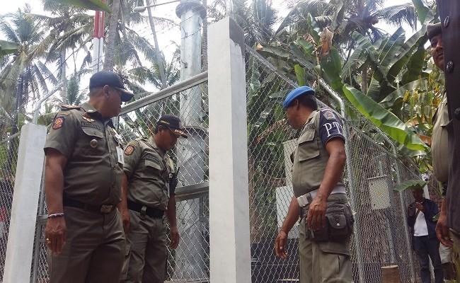 tower bodong, Pemkab Klungkung, Tower disegel, Satpol PP Klungkung, Perda