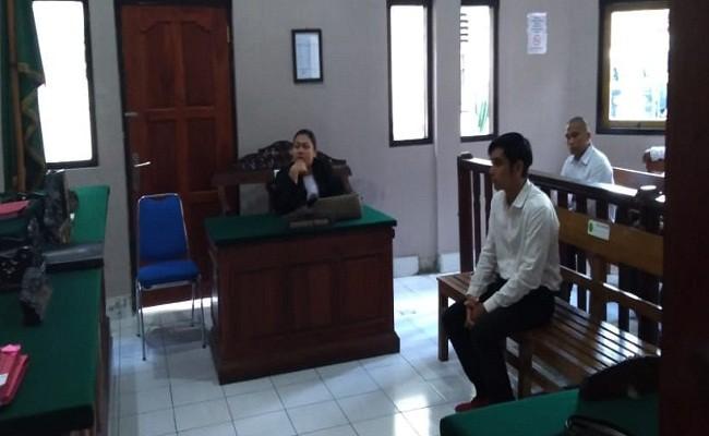 WN Malaysia, Malaysia Narkoba, Ganja Malaysia, PN Denpasar, Vonis Hakim, Hukuman Cambuk,  Bikin ngakak,