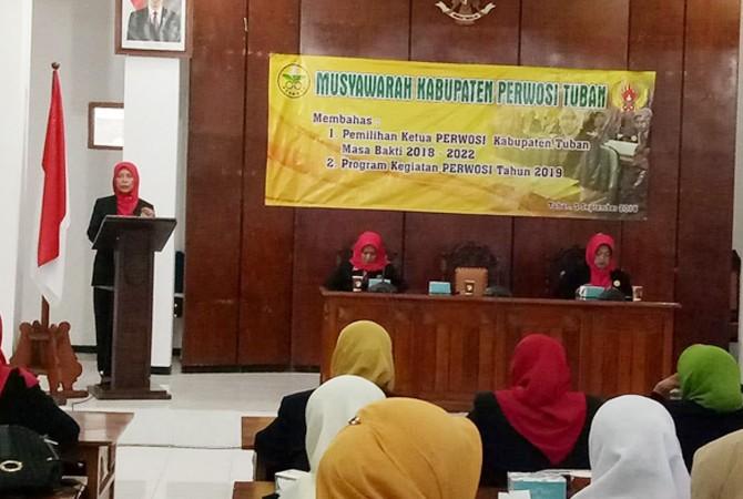 Ir. Hj. Andajati Noor Nahar Hussein, ketua Perwosi Tuban terpilih periode 2018-2022