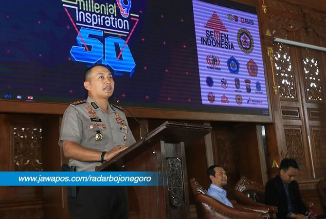 MENGINSPIRASI: Sang inspirator Kapolres Tuban AKBP Nanang Haryono berbagi kisah sukses seputar karirnya di Pendapa Krida Manunggal Tuban.