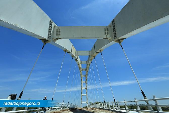 Jembatan Trucuk-Bojonegoro