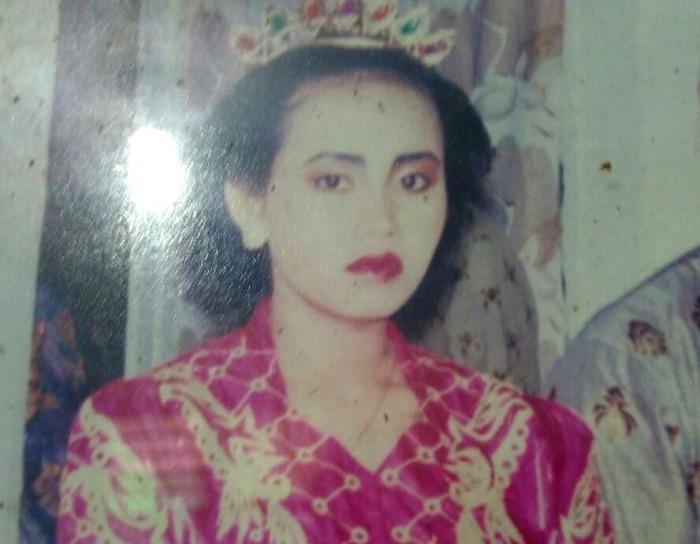 SEMASA HIDUP: Foto kenangan Yanti Pusporini.
