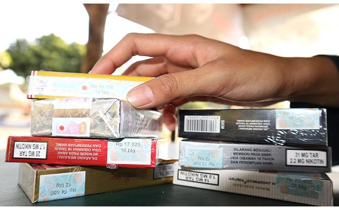 MAHAL: Beragam merek rokok yang sekarang mahal karena cukai naik.
