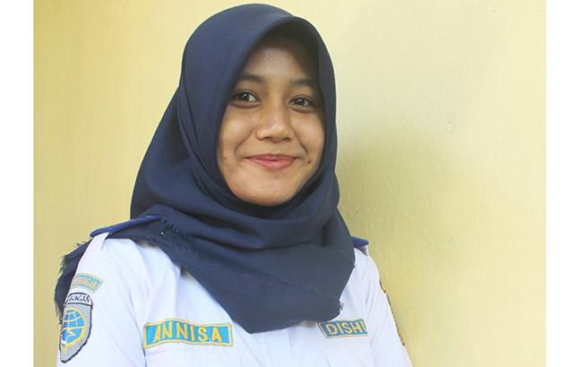 Annisa Luthfi Riya