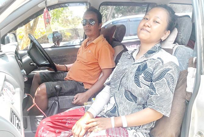 BISA PULANG: Januar Eliya Safitri, korban perampasan emas sudah pulang dari RSUD dr H Moh. Anwar, Sumenep.