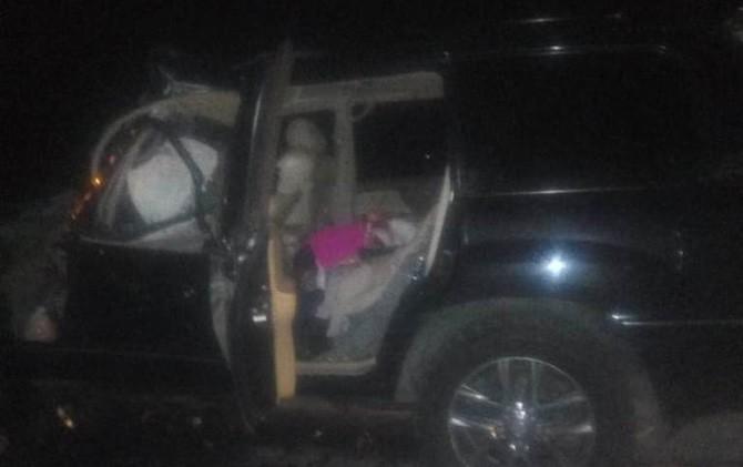 Kondisi mobil pribadi Toyota Land Ceuiser yang ditumpangi Kapolres Tulungagung AKBP Tofik Sukendar bersama istrinya.