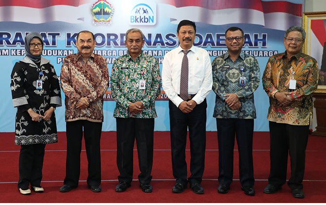 Rakorda Program Kependudukan, Keluarga Berencana dan Pembangunan Keluarga di Ghradhika Bhakti Praja Semarang, Rabu (21/3).