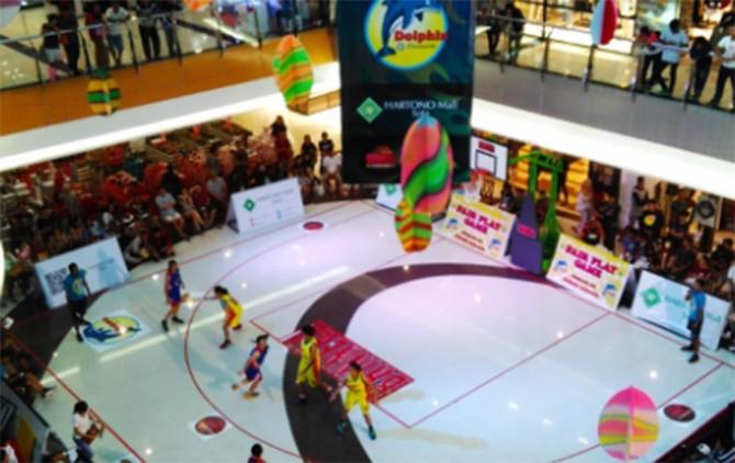 MEMBELUDAK: Suasana-Hartono Mall 3x3 Competition tahun lalu, yang diikuti 111 tim peserta.