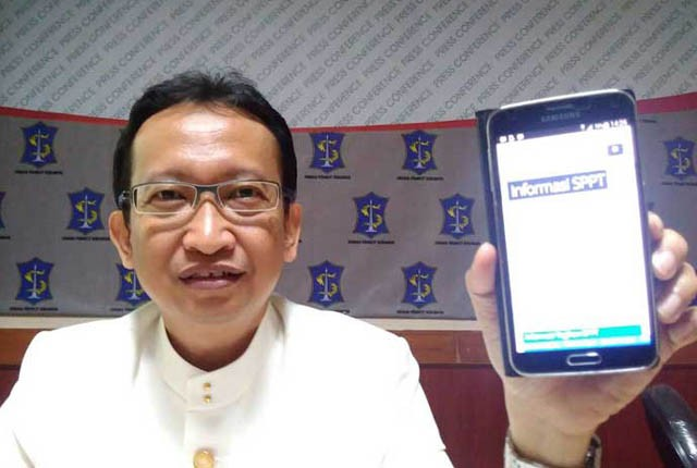 Kepala Dinas Pendapatan dan Pengelolaan Keuangan (DPPK) Kota Surabaya, Yusron