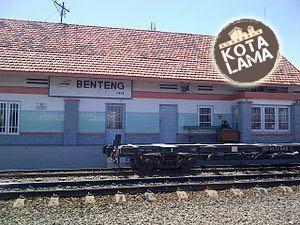 SALAH SATU JEJAK: Stasiun Benteng yang berada di kawasan Sidotopo. Penamaan stasiun ini dianggap karena dahulu masuk dalam kawasan yang dilewati jalur Benteng prins Hendrik.