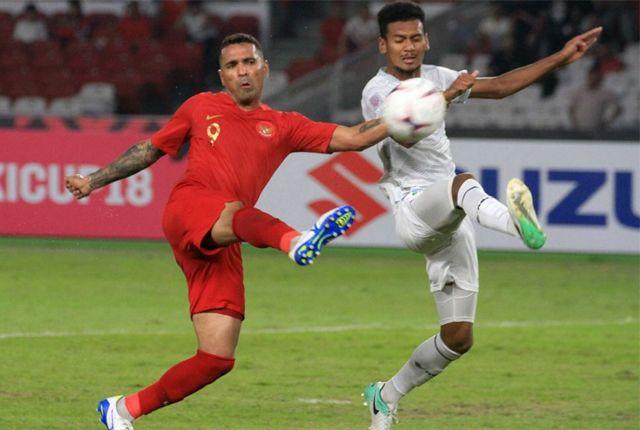 KONSENTRASI: Beto Goncalves (kiri) yang mencetak gol saat menghadapi Timor Leste bersiap untuk menghadapi lawan yang lebih berat, Thailand.