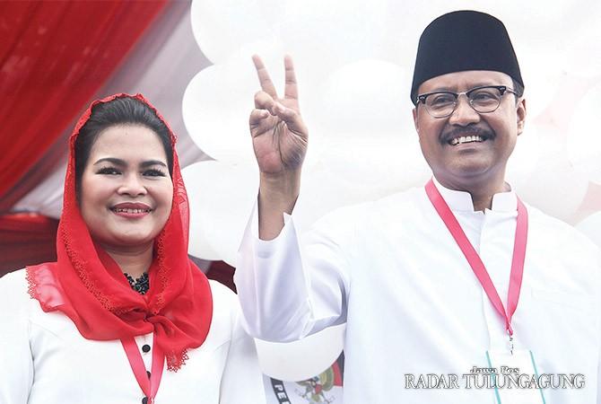 PROGRAM BAGUS : Cagub Saifullah Yusuf (Gus Ipul) dan Cawagub Puti Guntur Soekarno. Kandidat nomor 2 itu banyak dipuji miliki tata program kerja yang bagus.