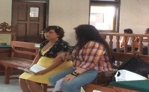 Pakai Daster Saat Sidang, Penampar Petugas Imigrasi Ditegur Hakim