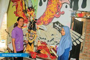 Mustakim dan Mei Mahmudah, Perajin Aneka Kostum Karnaval