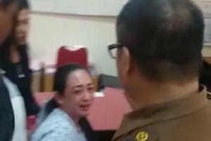 Emak-emak Sempat Menangis Tersedu-sedu, Lihat Video ini Penyebabnya