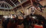 Keren! Patung Naga Perak Murni Seberat 720 Kg Pecahkan Rekor MURI