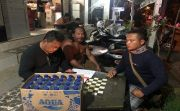 Polsek Mengwi Amankan Ratusan Liter Arak Bali, Pedagangnya Dilepas