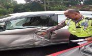 Mabuk, Ugal-Ugalan di Jalan, Pria Sumba Tabrak Mobil Hingga Kaki Patah