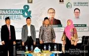 IAI Ibrahimy Genteng Bahas Perbandingan Ekonomi Syariah RI-Malaysia