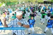 1.555 Santri Ponpes Bejagung Goyang Dayung
