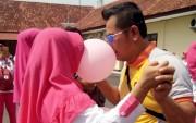 Peringati HKGB ke-66, Polres Gelar Uji Kemesraan lewat Balon Mesra