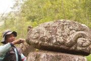 Upaya Ungkap Nilai Sejarah Batu Kuno Terganjal Tenaga Arkeolog