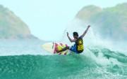 Pantai Kutanya Jawa, Magnet bagi Peselancar