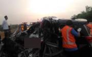Toyota Innova Sasar Truk di Tol Sumo, Lima Penumpang Tewas